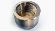 Otturatore per valvola a disco in inconel 625 con riporto stellite gr6 e filetto interno withworth